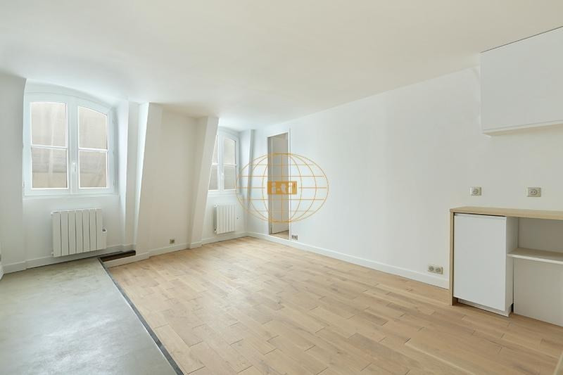 Deluxe sale apartment Paris 1er 495 000€ - Picture 1