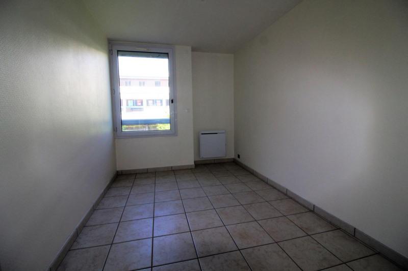 Rental apartment Voiron 570€ CC - Picture 4
