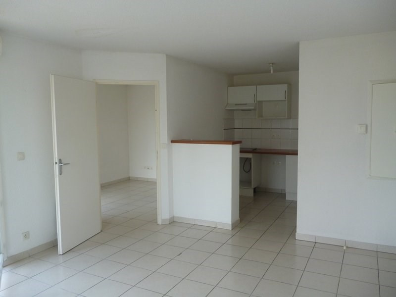 Rental apartment Tarbes 500€ CC - Picture 2