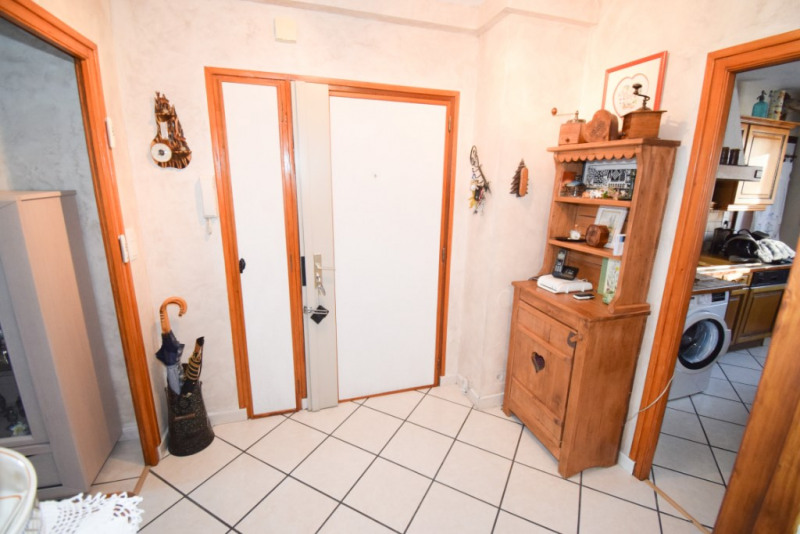 Sale apartment Annecy 233200€ - Picture 8