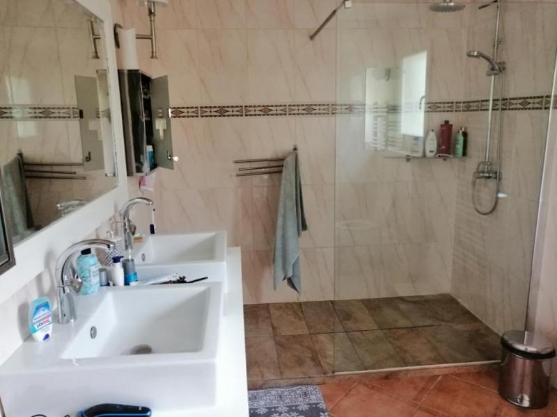 Sale house / villa Geyssans 417000€ - Picture 7
