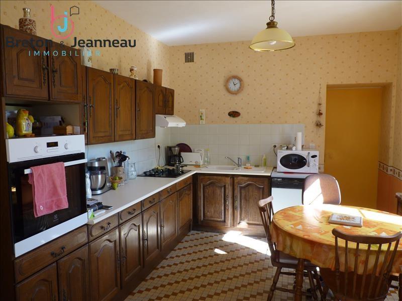 Sale house / villa Craon 213200€ - Picture 10