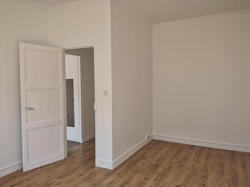 Location appartement Montrouge 820€ CC - Photo 5