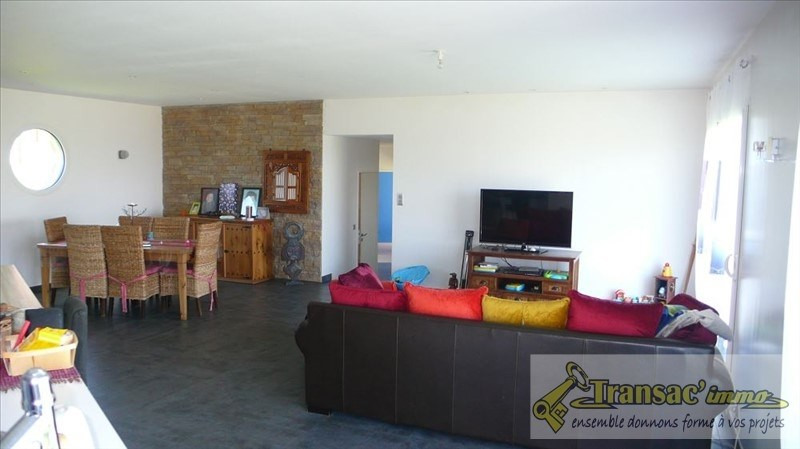 Sale house / villa Courpiere 233200€ - Picture 3