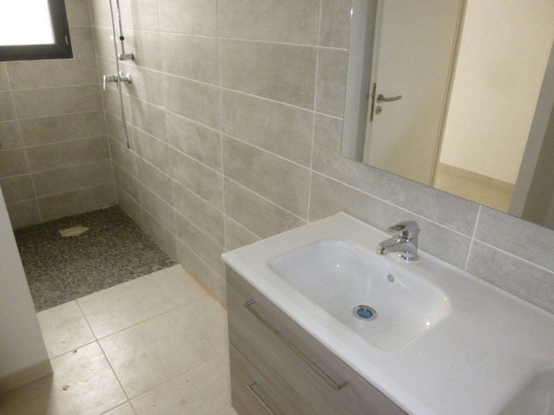 Sale house / villa La calmette 298000€ - Picture 4