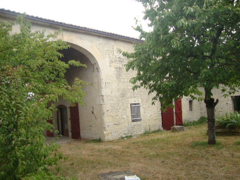 Sale house / villa Villeneuve-la-comtesse 259700€ - Picture 11