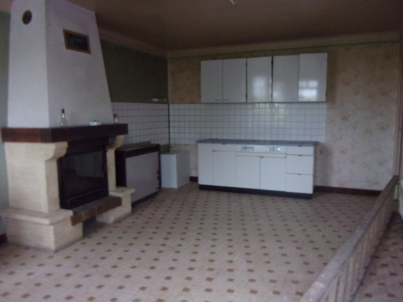 Sale house / villa Becherel 86800€ - Picture 2