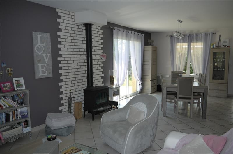 Sale house / villa Montseveroux 239 900€ - Picture 5