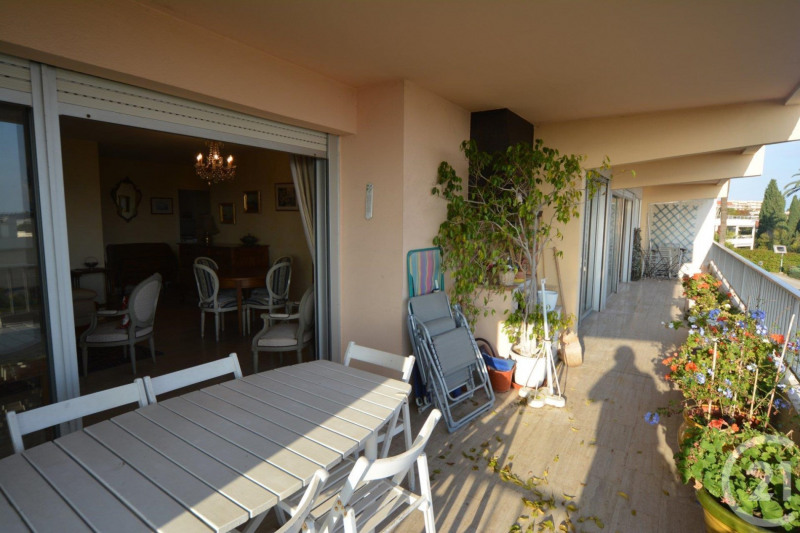 Deluxe sale apartment Antibes 648 000€ - Picture 3