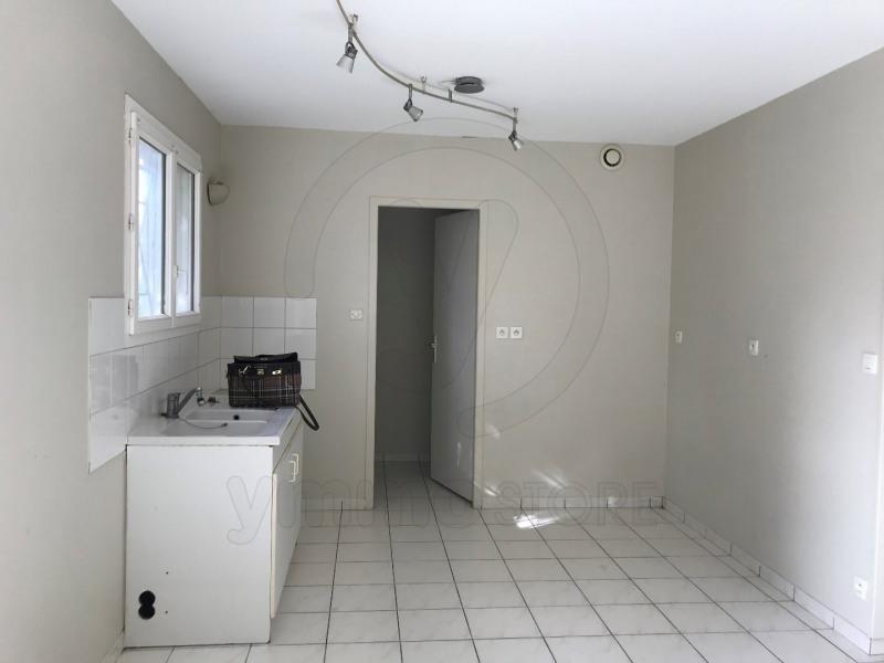 Rental apartment Saint andre de cubzac 701€ CC - Picture 4