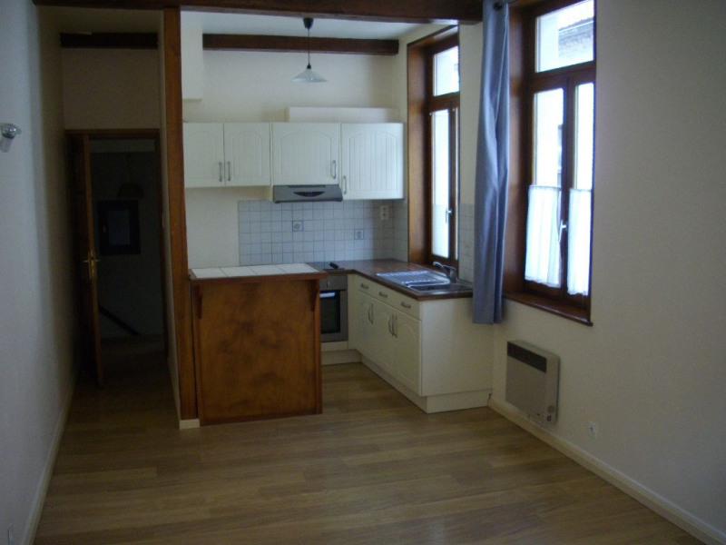 Rental apartment Aire sur la lys 430€ CC - Picture 1