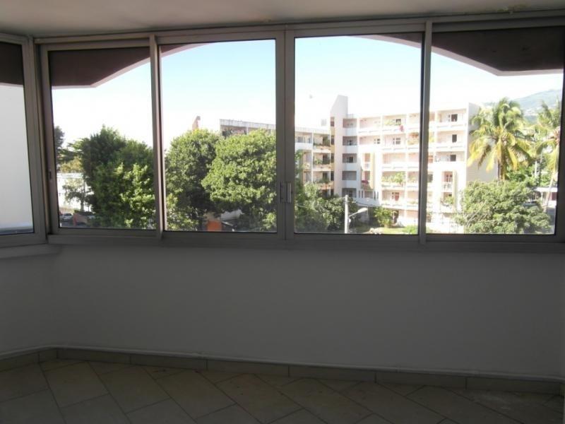 Sale apartment St denis 187250€ - Picture 7