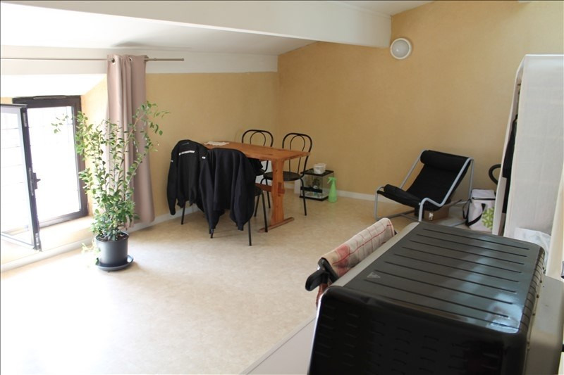 Rental apartment Langon 362€ CC - Picture 1