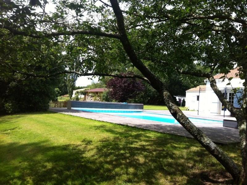 Sale house / villa Vaire 530000€ - Picture 12
