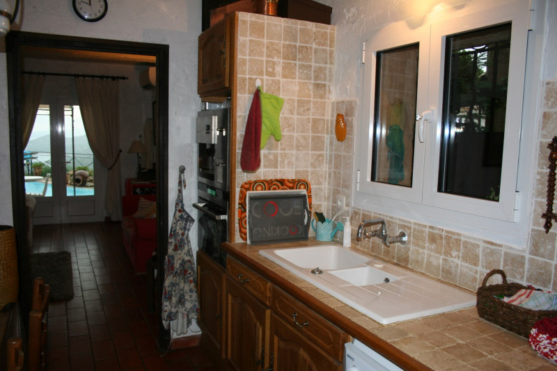 Vacation rental house / villa Les issambres 2 750€ - Picture 8