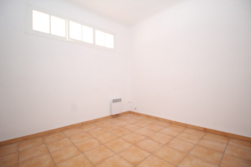 Investment property apartment Port vendres 92200€ - Picture 7