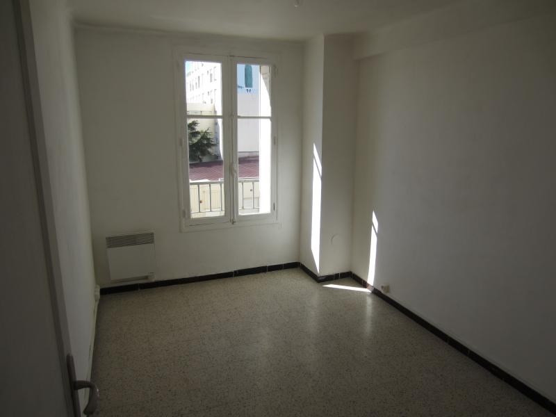 Location appartement La seyne sur mer 545€ CC - Photo 5