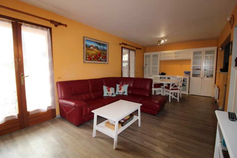 Vente maison / villa Hyeres 315000€ - Photo 4