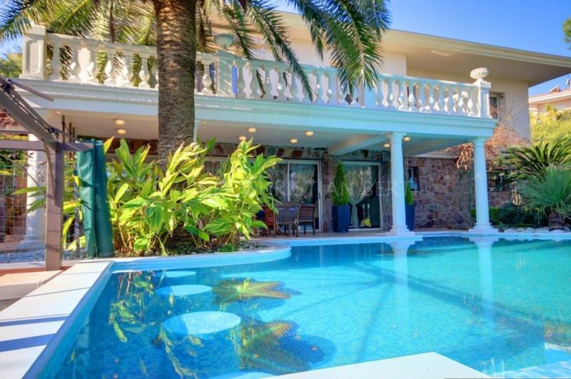 Vente de prestige maison / villa Mandelieu 1390000€ - Photo 10