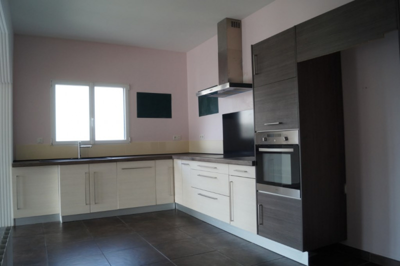 Vente maison / villa Saint nolff 330000€ - Photo 2