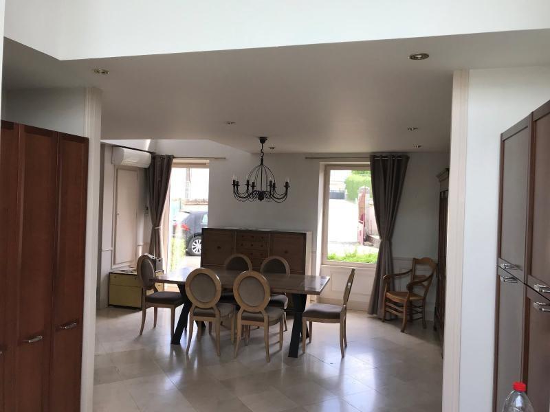 Sale house / villa Checy 378000€ - Picture 2