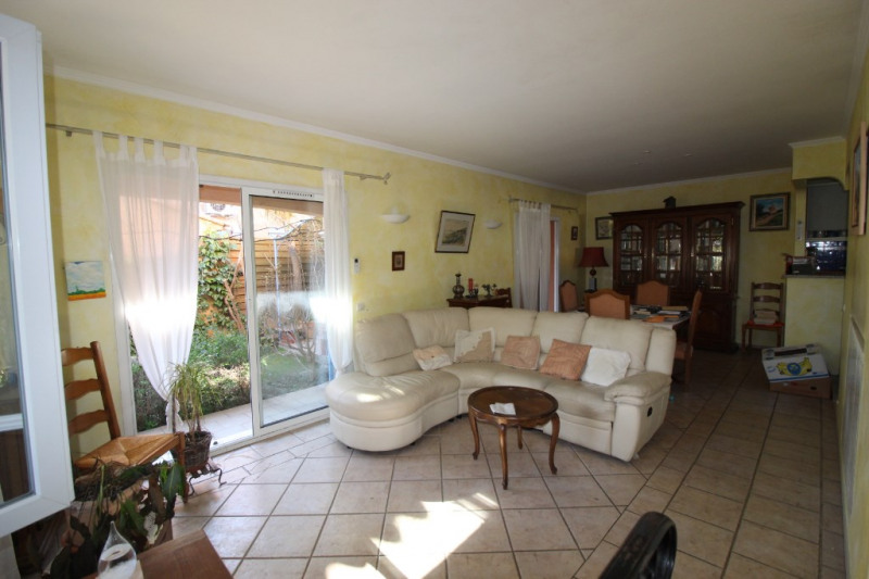 Vente maison / villa Hyeres 420 000€ - Photo 11