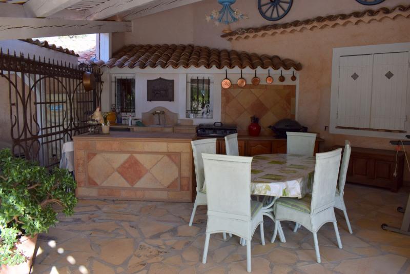 Revenda residencial de prestígio casa Montauroux 586000€ - Fotografia 7