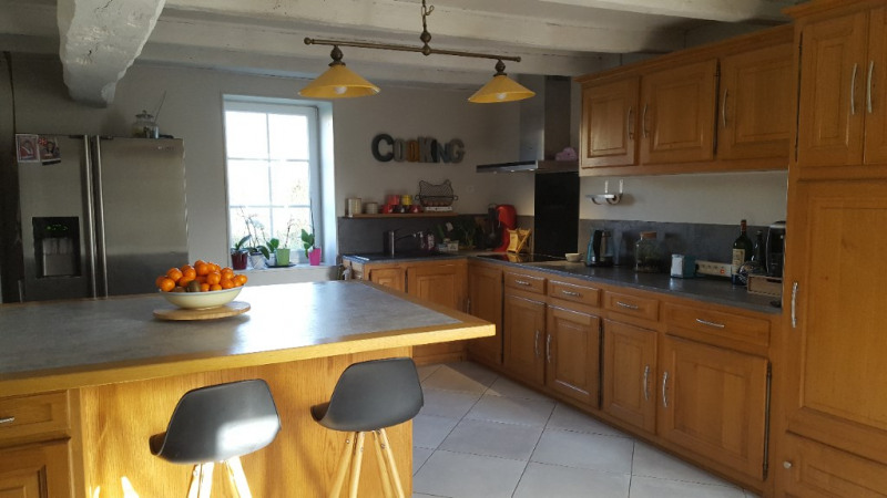Sale house / villa St jean de liversay 328300€ - Picture 3