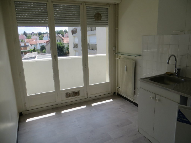Rental apartment Clermont ferrand 490€ CC - Picture 2