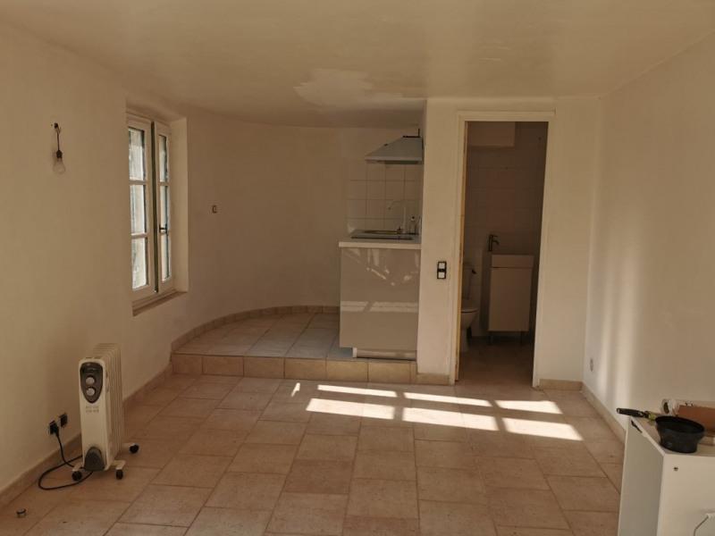Rental apartment Cabries 450€ CC - Picture 3