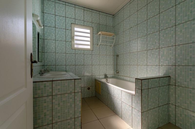 Rental house / villa Le tampon 780€ CC - Picture 4