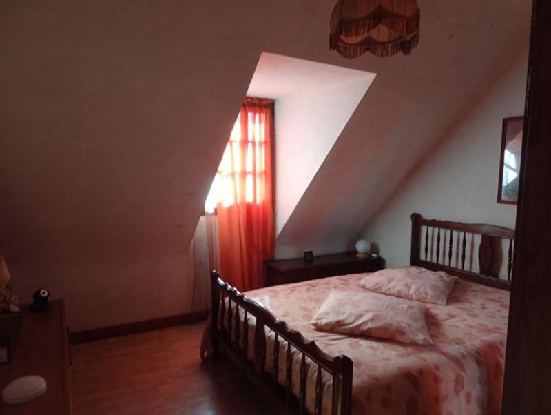 Sale house / villa Mael carhaix 190500€ - Picture 14