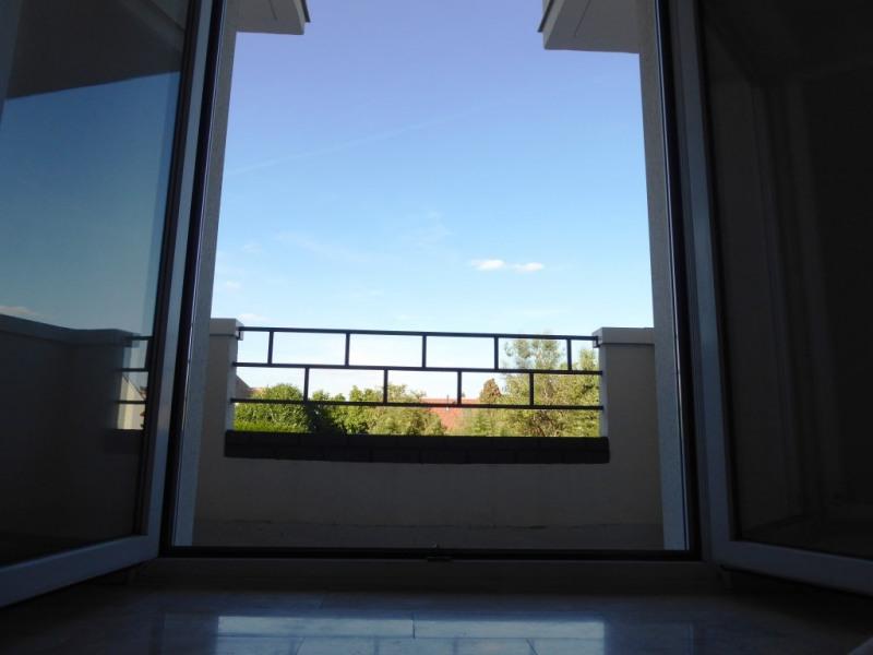 Location appartement Sainte genevieve des bois 605€ CC - Photo 4