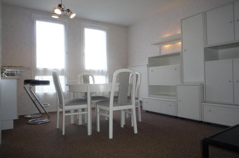 Location appartement Dijon 447€ CC - Photo 1