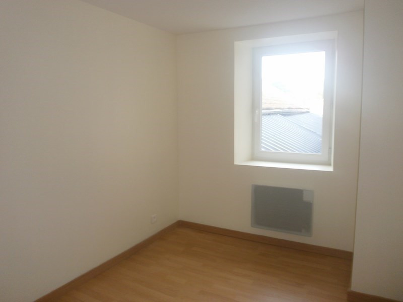 Location appartement Laissac 277€ CC - Photo 4