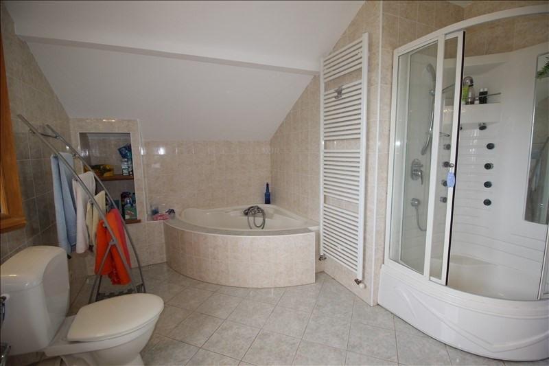 Sale house / villa La roche sur foron 445000€ - Picture 6