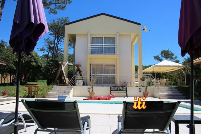 Deluxe sale house / villa Talmont st hilaire 848000€ - Picture 1