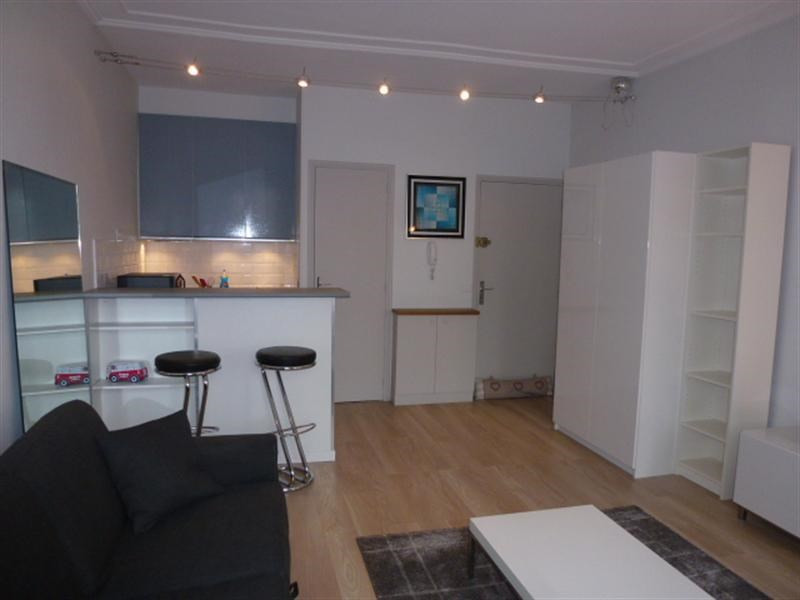 Location appartement Fontainebleau 836€ CC - Photo 12