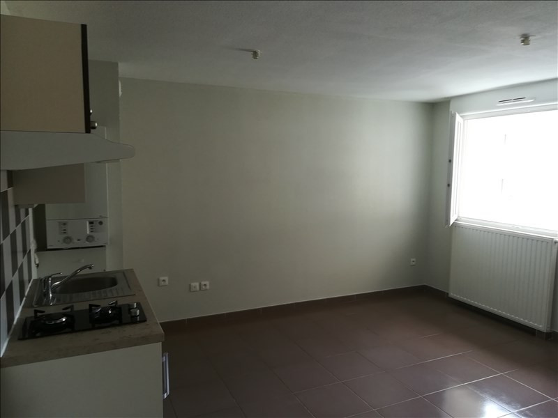 Location appartement Sete 518€ CC - Photo 4