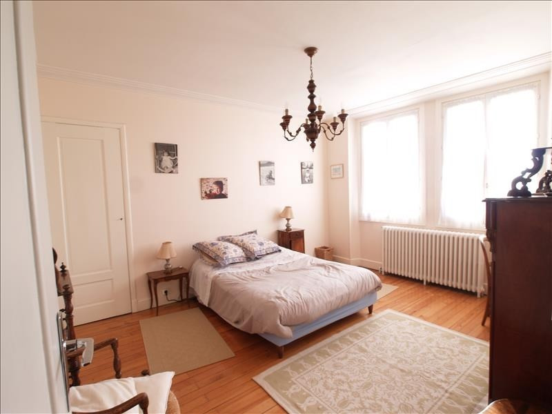 Deluxe sale house / villa Chambery 997 500€ - Picture 5