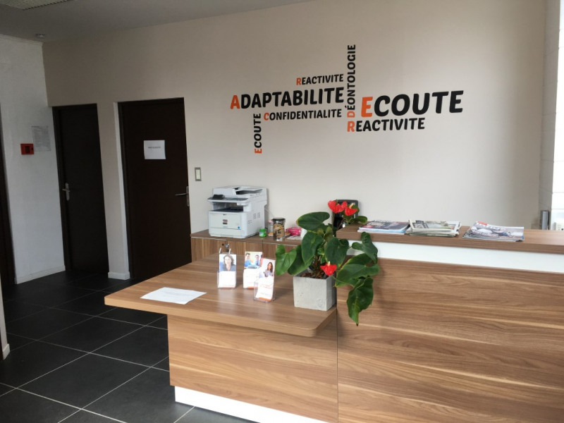 Location local commercial Saint omer 580€ CC - Photo 3