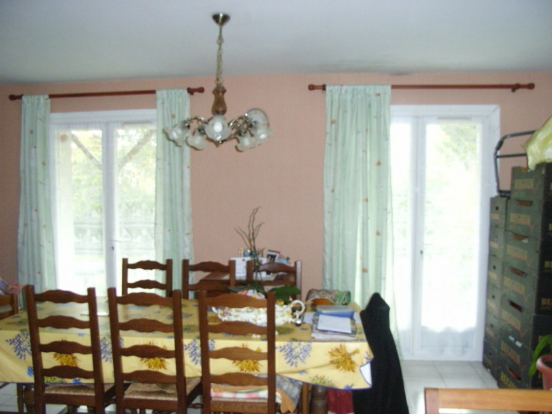 Rental house / villa Barbezieux-saint-hilaire 641€ CC - Picture 3