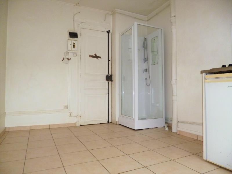 Locação apartamento Paris 18ème 385€ CC - Fotografia 2