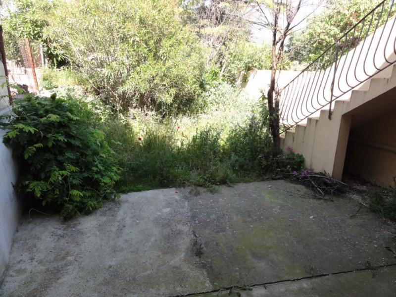 Appartement de type 3 avec jardinet