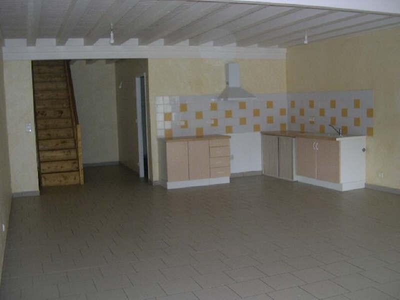 Location maison / villa St andre de cubzac 682€ CC - Photo 2