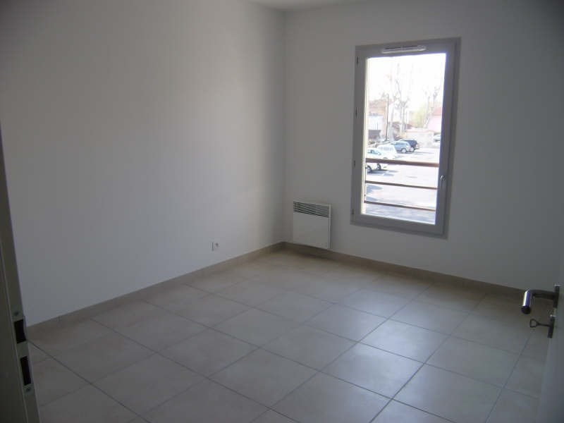 Rental apartment Pelissanne 755€ CC - Picture 6