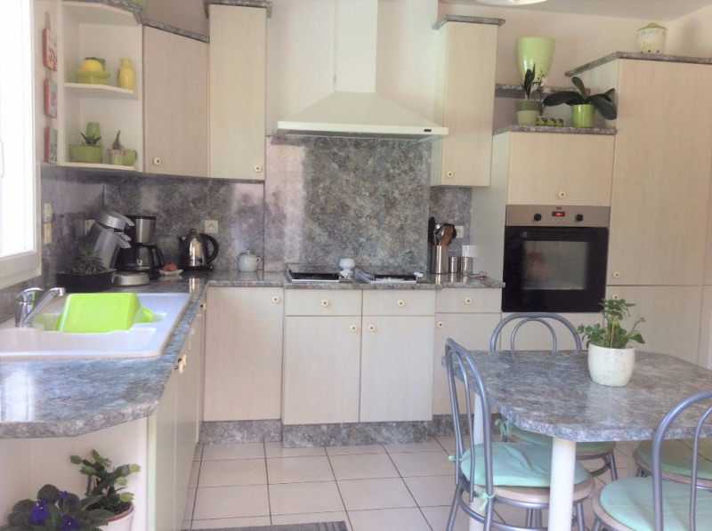 Vente de prestige maison / villa Breuillet 593250€ - Photo 5
