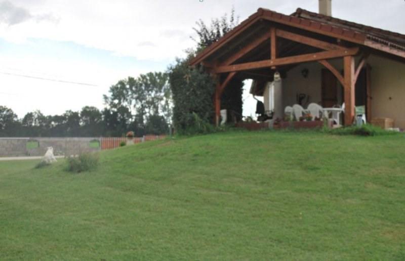 Vente maison / villa Morestel 210000€ - Photo 3