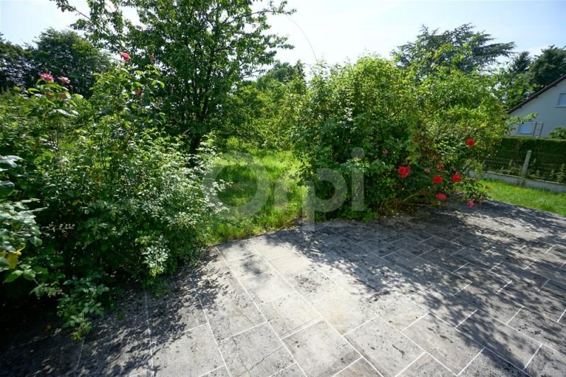 Sale house / villa Saint clair sur epte 169000€ - Picture 8