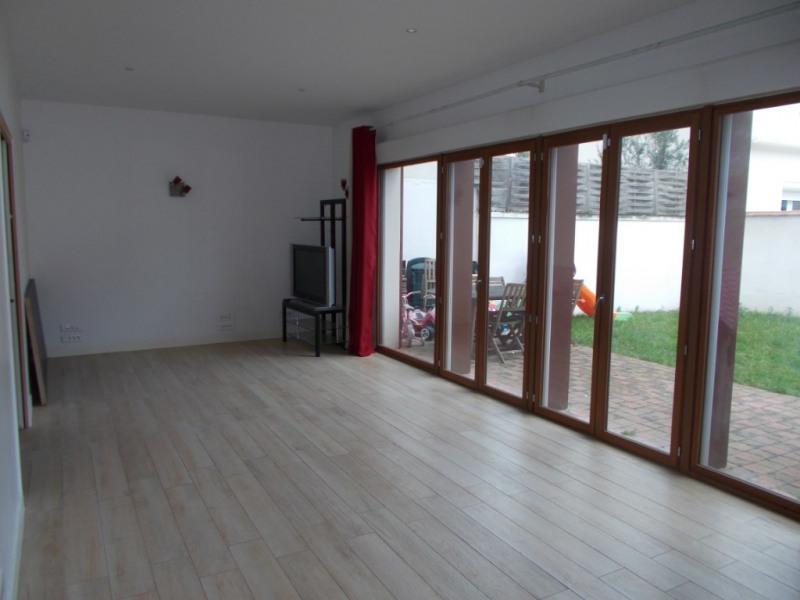 Casa contemporánea 4 piezas
